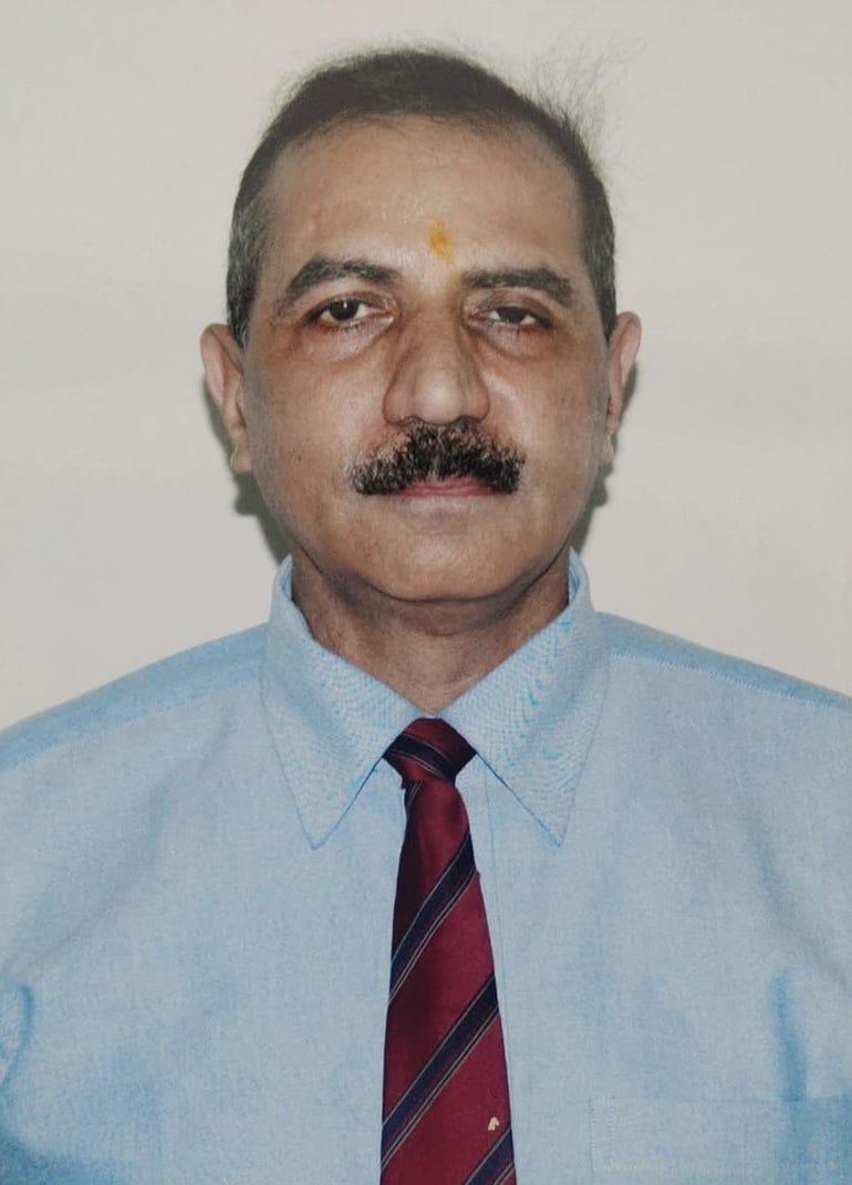 DR. RAKESH KHERA